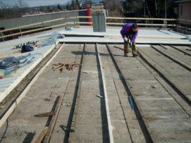 Posa di copertura in lamiera per capannone industriale a Mariano Comense (CO)